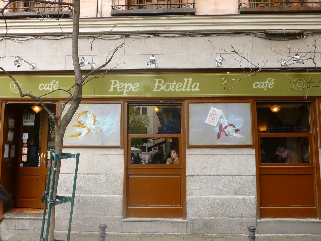 Pepe Botella cafe in Malasaña by Naked Madrid