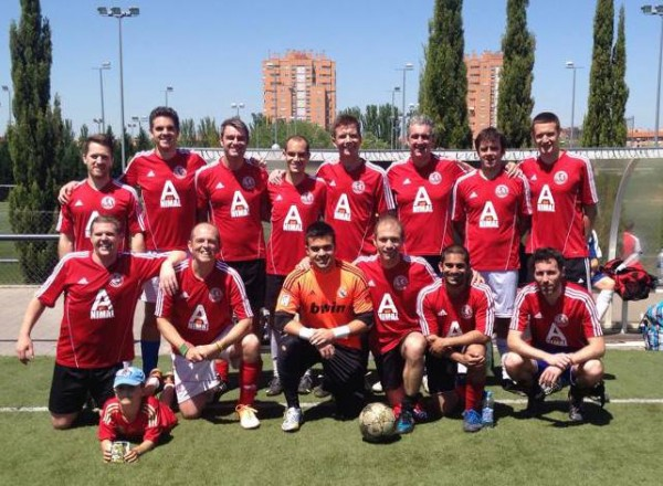 The Fútbol Club Británico team after 2-2 draw against visiting side Brent FC. Photo taken from their facebook page.