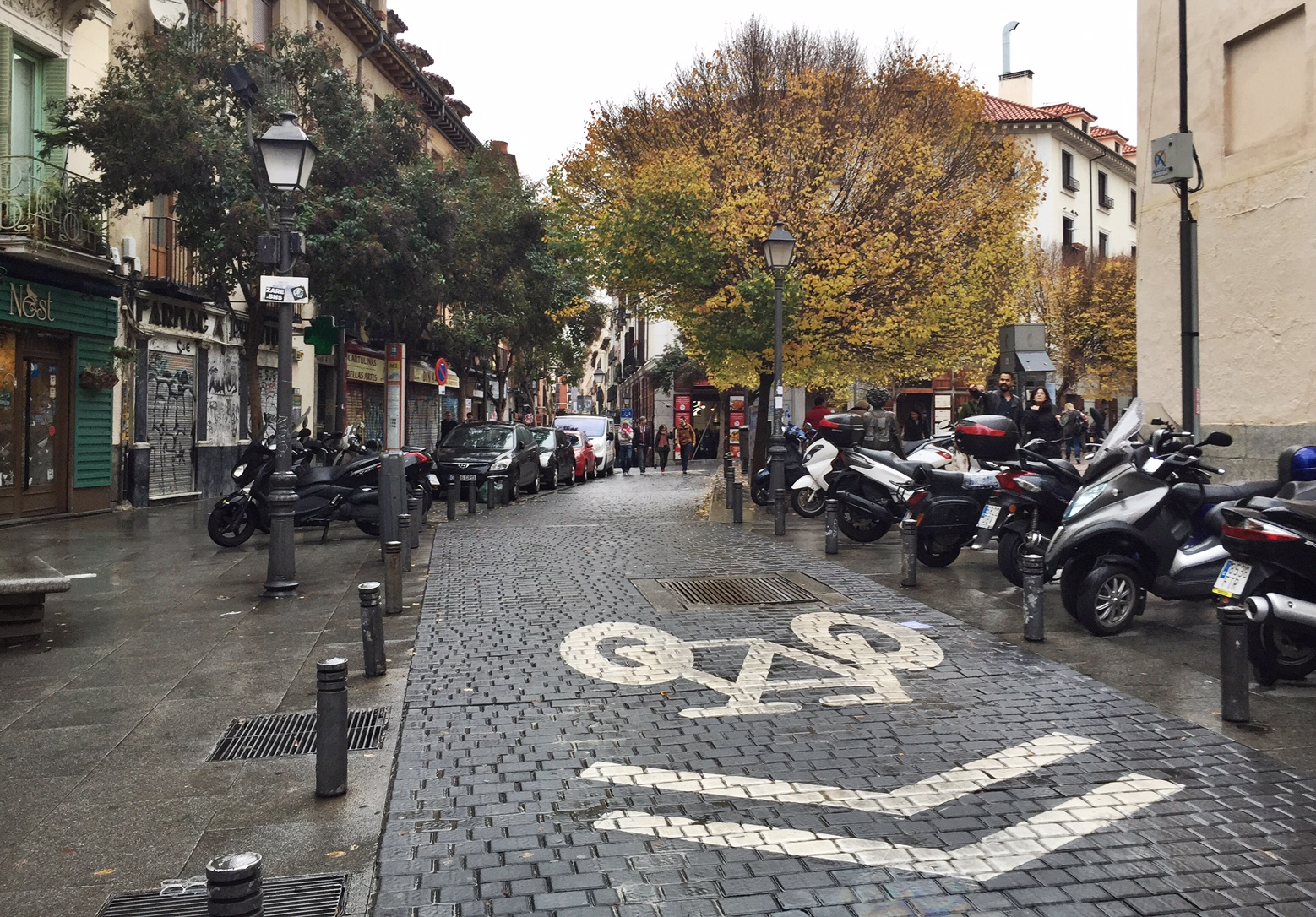 Malasaña bike lanes appeared last Fall.