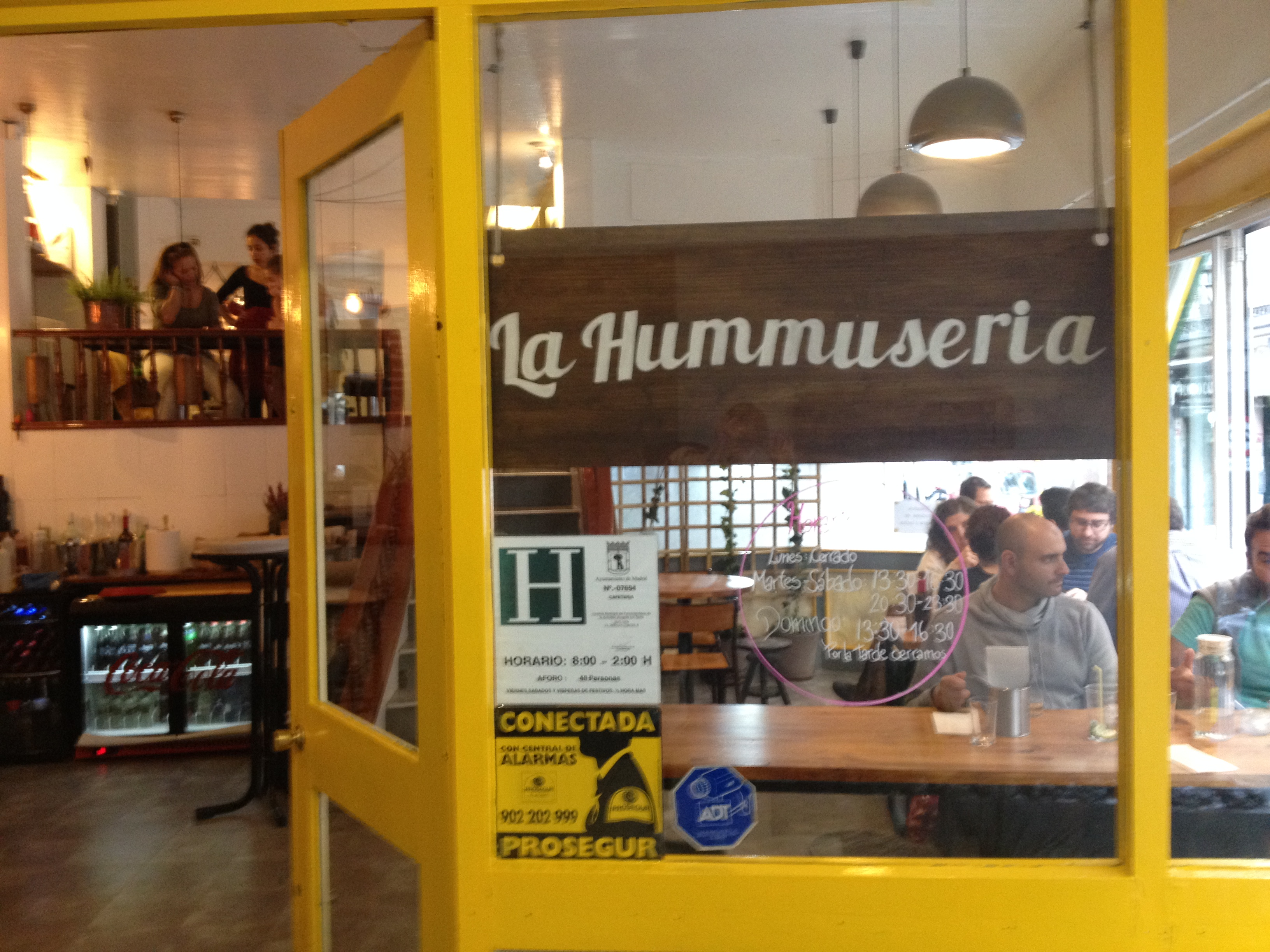 La Hummuseria by Naked Madrid